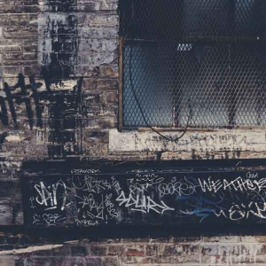 graffiti removal 4 300x300 - graffiti-removal-4
